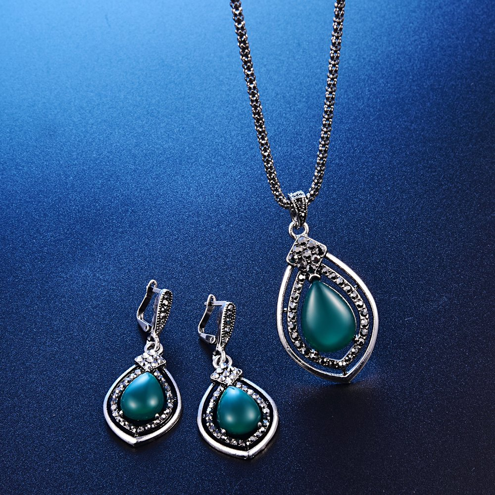 Vintage Women Fashion Red Resin Pendant Necklace Jewelry Set Long Chain Silver Chain Necklace - Green+Ring#8
