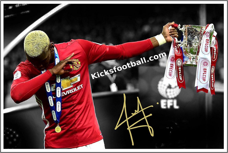 12/x 8/A4 /« Le dab /» Photo encadr/ée et sign/ée de Paul Pogba Coupe de la Ligue anglaise de football du club de football de Manchester United