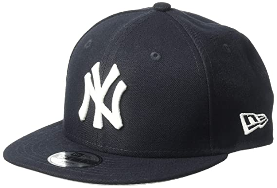e3e0939da38 Amazon.com  MLB New York Yankees Original Snapback 9Fifty Cap-Navy-OSFA   Clothing