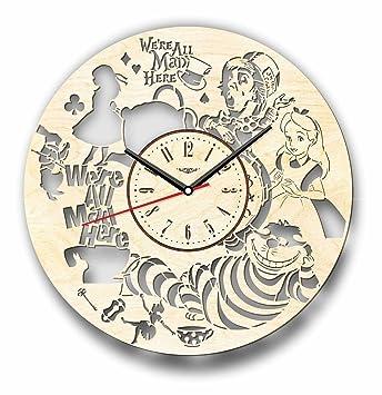 Alicia en el país de las maravillas reloj de pared hecho de madera – perfecto y