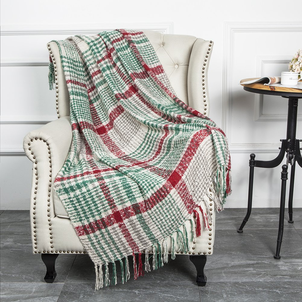 """Christmas Home Decor Super Soft Vintage Fluffy Plaid Throw Blanket-100% Acrylic Cashmere-like- Bedspread Picnic Tailgate Stadium RV Camping Blanket Throw with Fringe,50"""" W x 67"""" L (Green/Red)"""