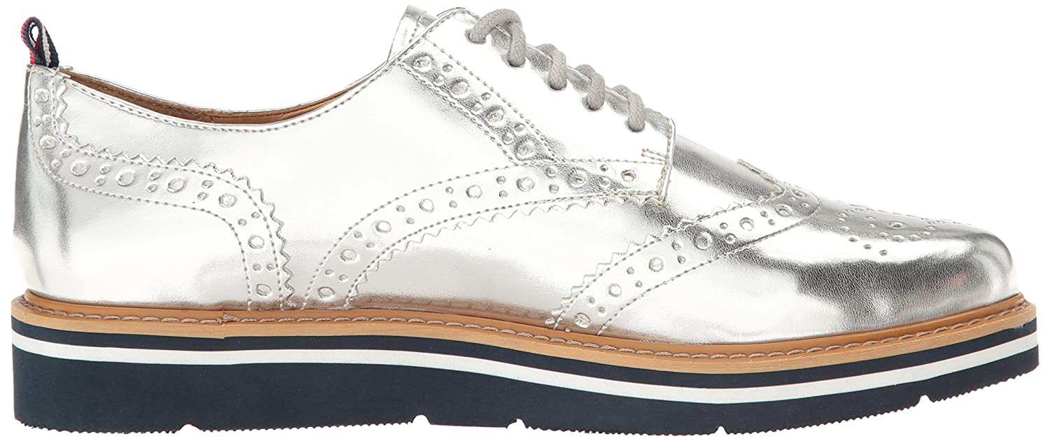282d7bc43 Tommy Hilfiger Women s Kabriele Oxford Silver 9.5 B(M) US  Buy Online at  Low Prices in India - Amazon.in