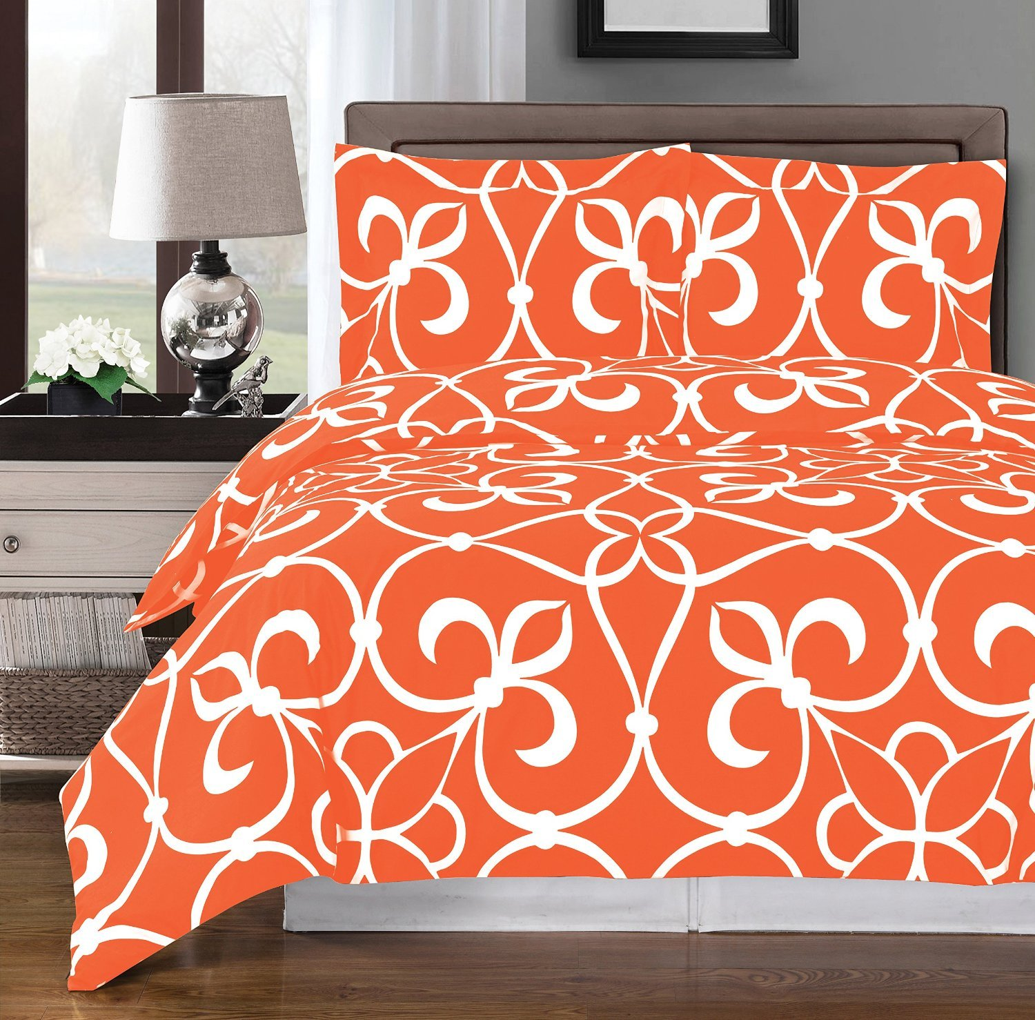Tangerine and White Victoria 3-piece Full / Queen Duvet Cover Set