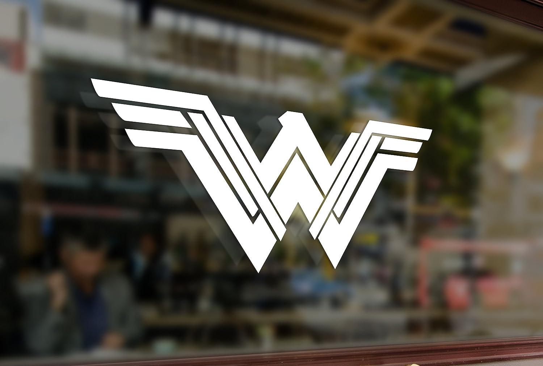25cm Wonder Woman Logo DC 2017 Vinyl Stickers Funny Decals Bumper Car Auto Computer Laptop Wall Window Glass Skateboard Snowboard Bananasticker