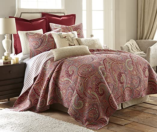 Amazon.com: Levtex Home Spruce Red Quilt Set   King Quilt + Two