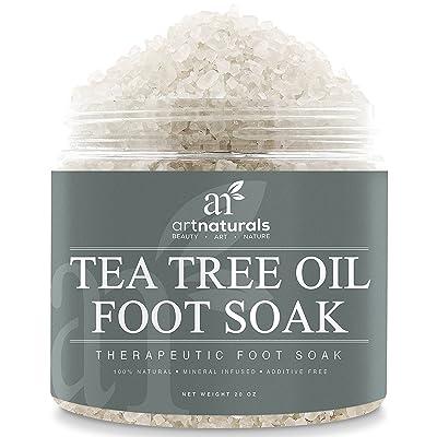 ArtNaturals Aceite de árbol de té, remojo de pies, sal con sal de Epsom, lucha contra los atletas y el hongo de las uñas, ayuda a suavizar los callos, 20 onzas ArtNaturals Tea Tree Oil Foot Soak, Salt wit