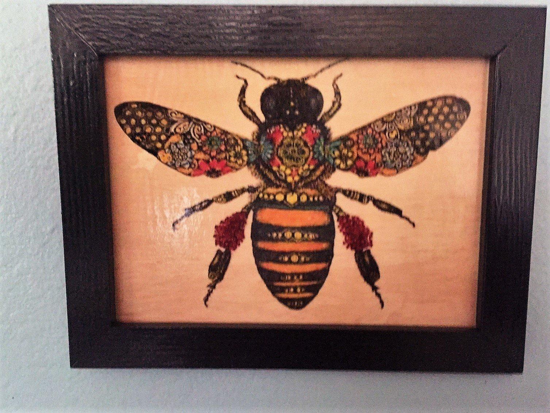 Bee Art Plaque