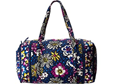 b2ef3e533b Amazon.com  Vera Bradley Women s Large Duffel 2