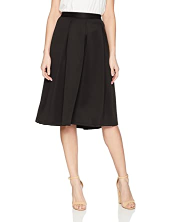 d07d14481a Chelsea & Theodore Women's Inverted Pleat Scuba Skirt at Amazon ...
