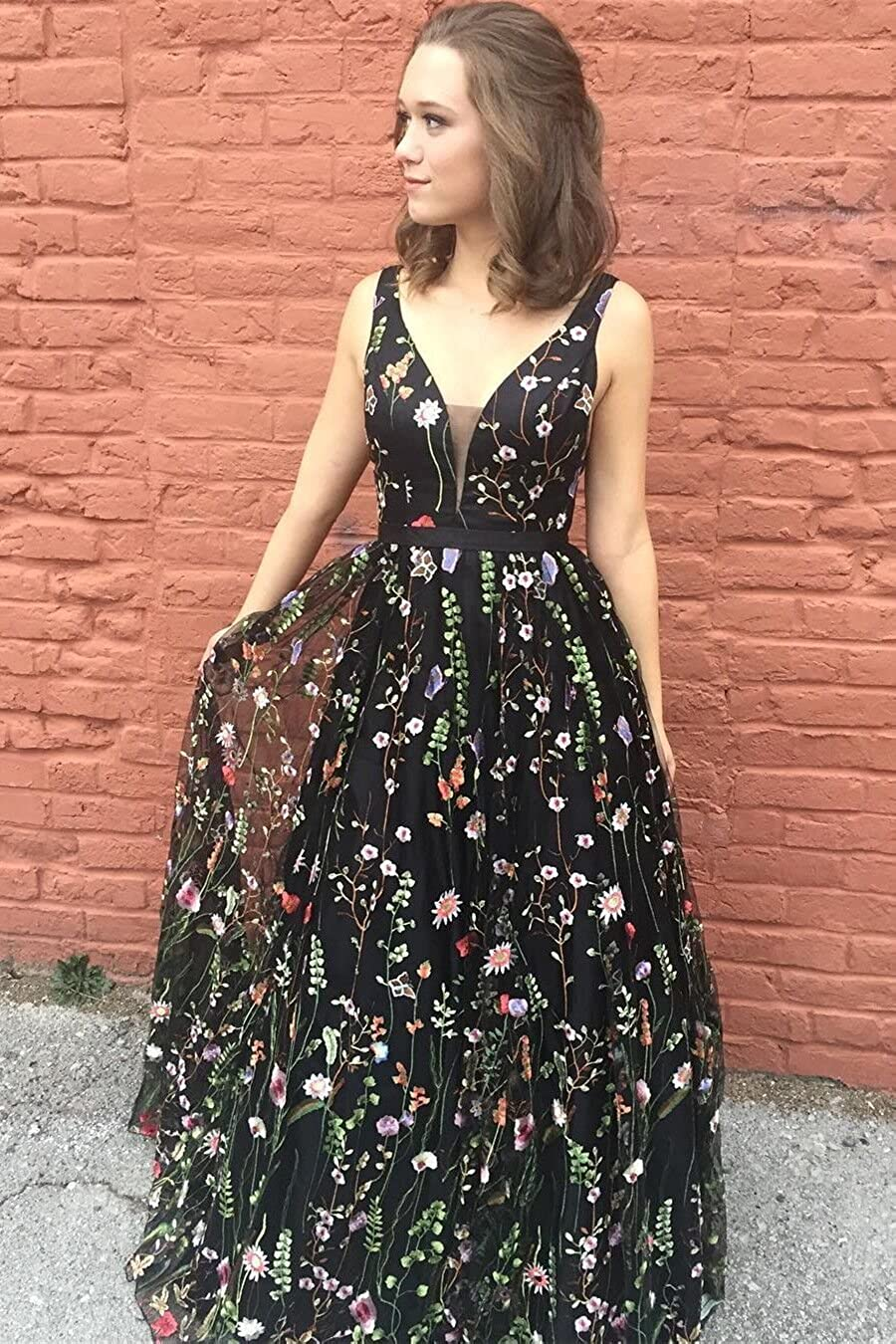 0a04eb5891e Vanial Women s Floral Embroidered Prom Dress Formal Evening Gown V241 at  Amazon Women s Clothing store