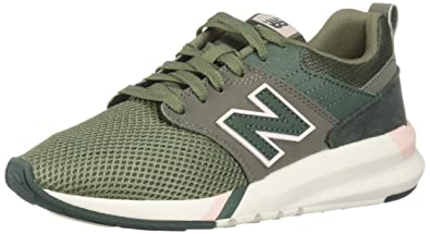 New Balance Women's 009 V1 Sneaker, Mineral Green, 8.5 D US