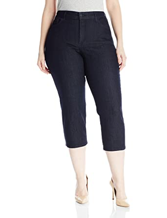 f105ac72446 NYDJ Women s Plus Size Marilyn Relaxed Capri Jeans at Amazon Women s ...