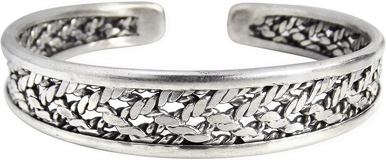 AeraVida Fascinating Hammered Finish Karen Hill Tribe Inspired .925 Sterling Silver Cuff Bracelet