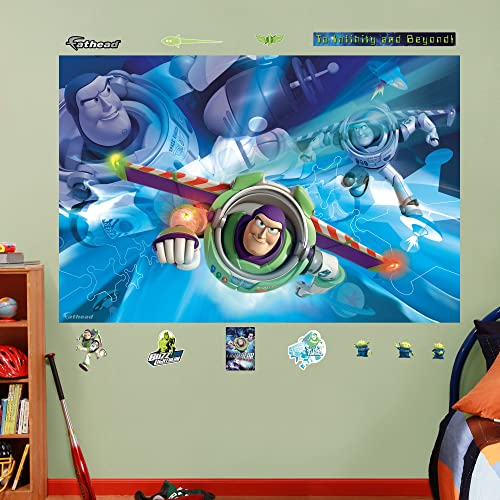 FATHEAD Buzz Lightyear Mural Graphic Wall Décor
