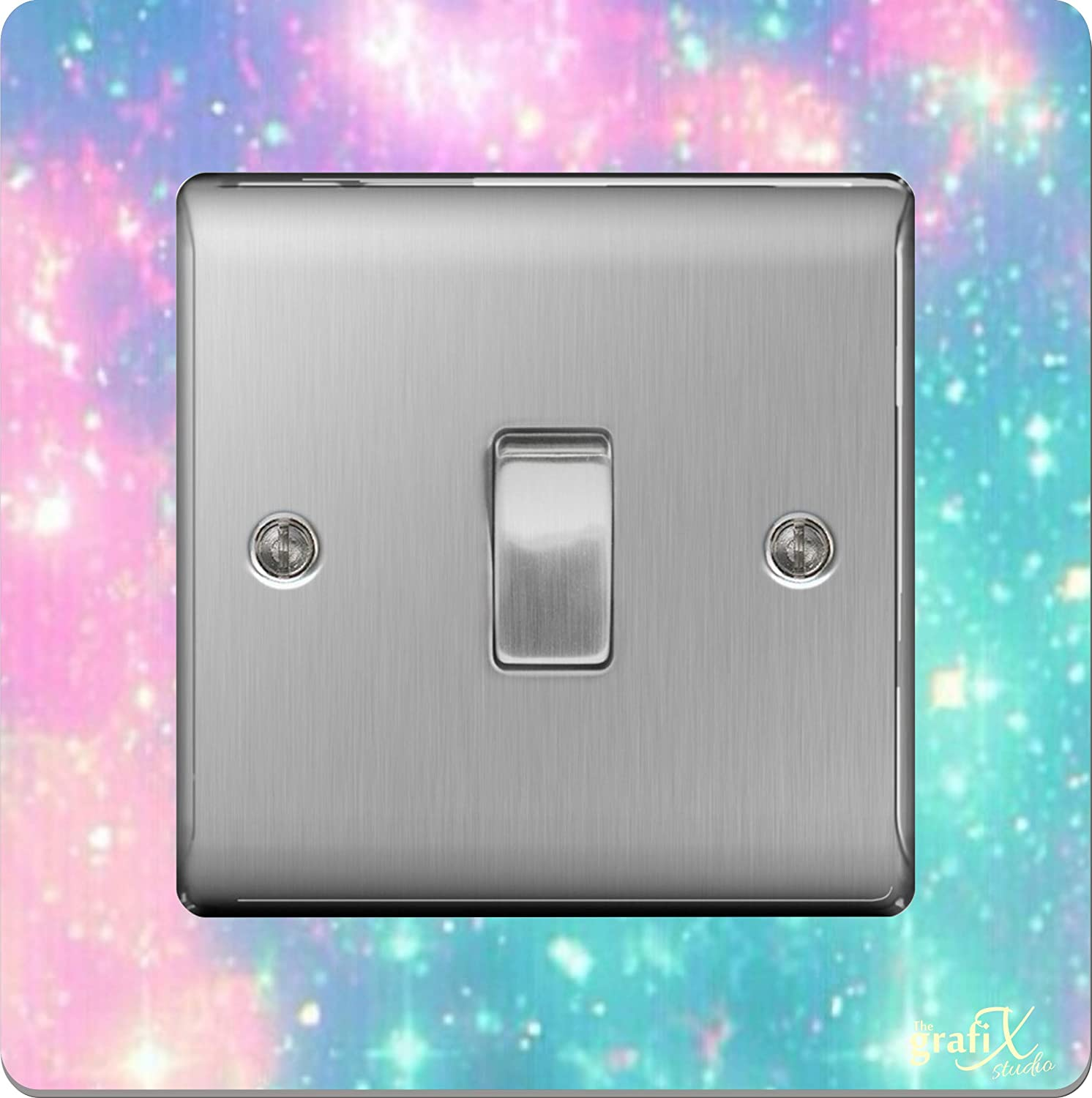the sticker studio ltd Single Light Switch/Socket Surround Acrylic Finger Plate Pretty Stars sr24