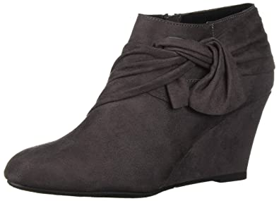4c8ce7eaad401 Amazon.com | CL by Chinese Laundry Women's Viveca Ankle Boot | Ankle ...
