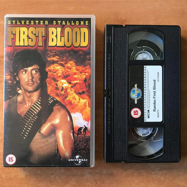 Rambo 1 - First Blood [Alemania] [VHS]: Amazon.es: Stallone, Sylvester, Dennehy, Brian, Crenna, Richard, Caruso, David, Starrett, Jack, Kotcheff, Ted, Stallone, Sylvester, Dennehy, Brian: Cine y Series TV