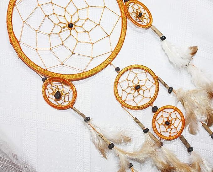 Dreamcatcher verziert mit Bambusröhrchen