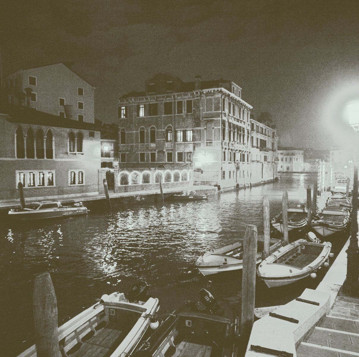 JP London SQM2049PS Peel and Stick Removable Wall Decal Sticker Mural Venice at Night Canal Romance at 6 High by 6 Wide