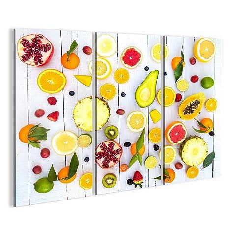 Quadri moderni Mix di frutta colorate su sfondo bianco in legno ...