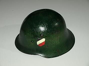 A partir de acero casco semejanza. Wehrmacht 2 Guerra Mundial de la colección de Moto