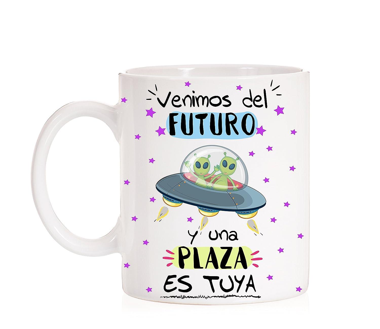 """Taza """"Venimos del futuro y una plaza es tuya"""""""
