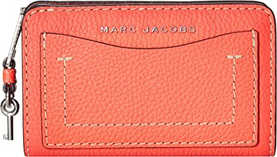 1cb6894ed6 Marc Jacobs Women's The Grind T-Pocket Compact Wallet Hot Pink One Size