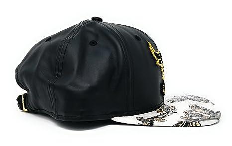 4e07910b049 New Era 9Fifty Digi Vize Chicago Bulls Strapback Hat (White)  Amazon.in   Clothing   Accessories