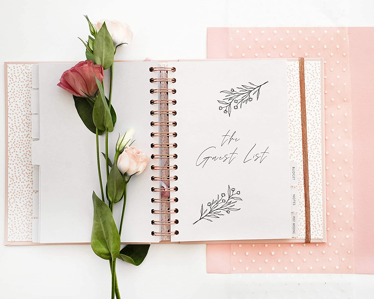 Pink /& Rose Ideal Engagement Gift for Couples Perfect for Planning Your Dream Wedding Luxury Wedding Organizer Book with Beautiful Souvenir Gift Box The Dream Wedding Planner