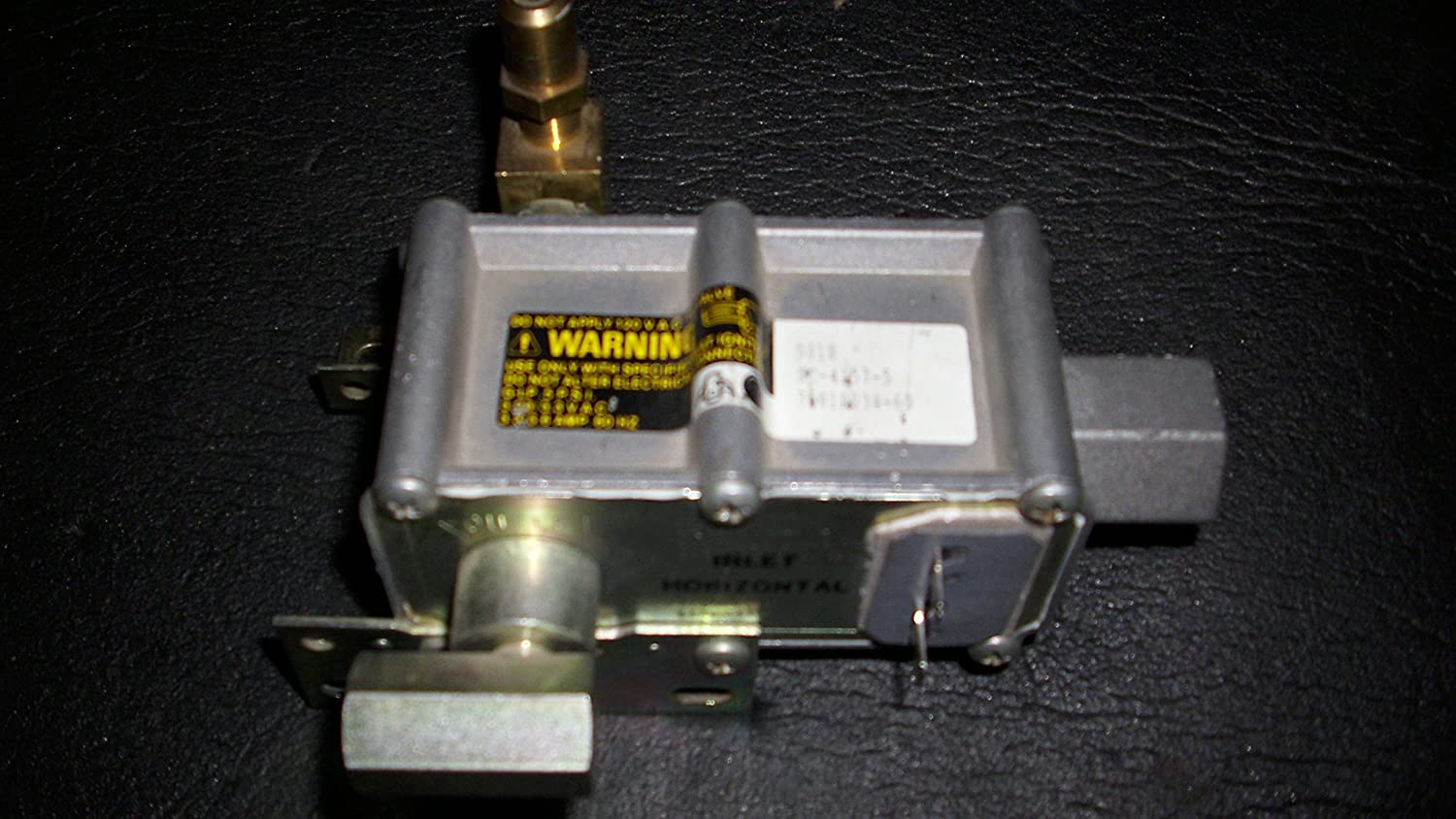 Whirlpool Gas safety valve for both bake and broil Whirlpool(OEM) Part #7501P095-60