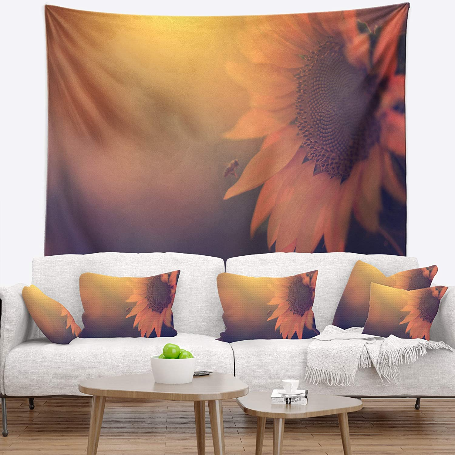 Created on Lightweight Polyester Fabric x 68 in Designart TAP14906-80-68 Vintage Photo of Sunflower Close up Floral Tapestry Blanket D/écor Wall Art for Home and Office x Large: 80 in