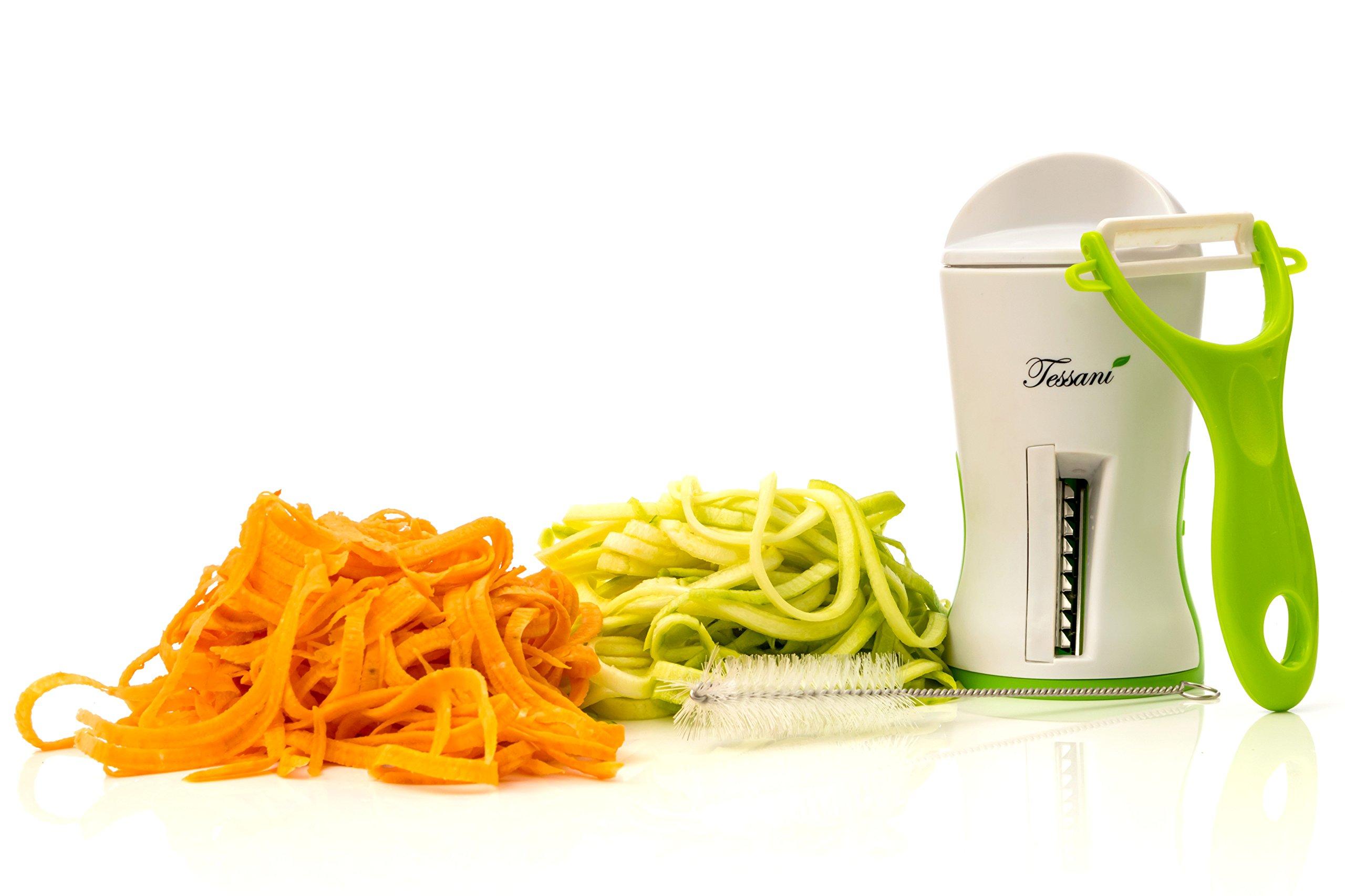 Espiralizador Vegetal, Cortador de Verduras en Espiral, con Pelador Profesional, eBook con 25 Recetas (en Español) y Cepillo Limpiador - Crea Sanos Noodles y Pasta de Verduras - El Mejor Regalo de Cocina!