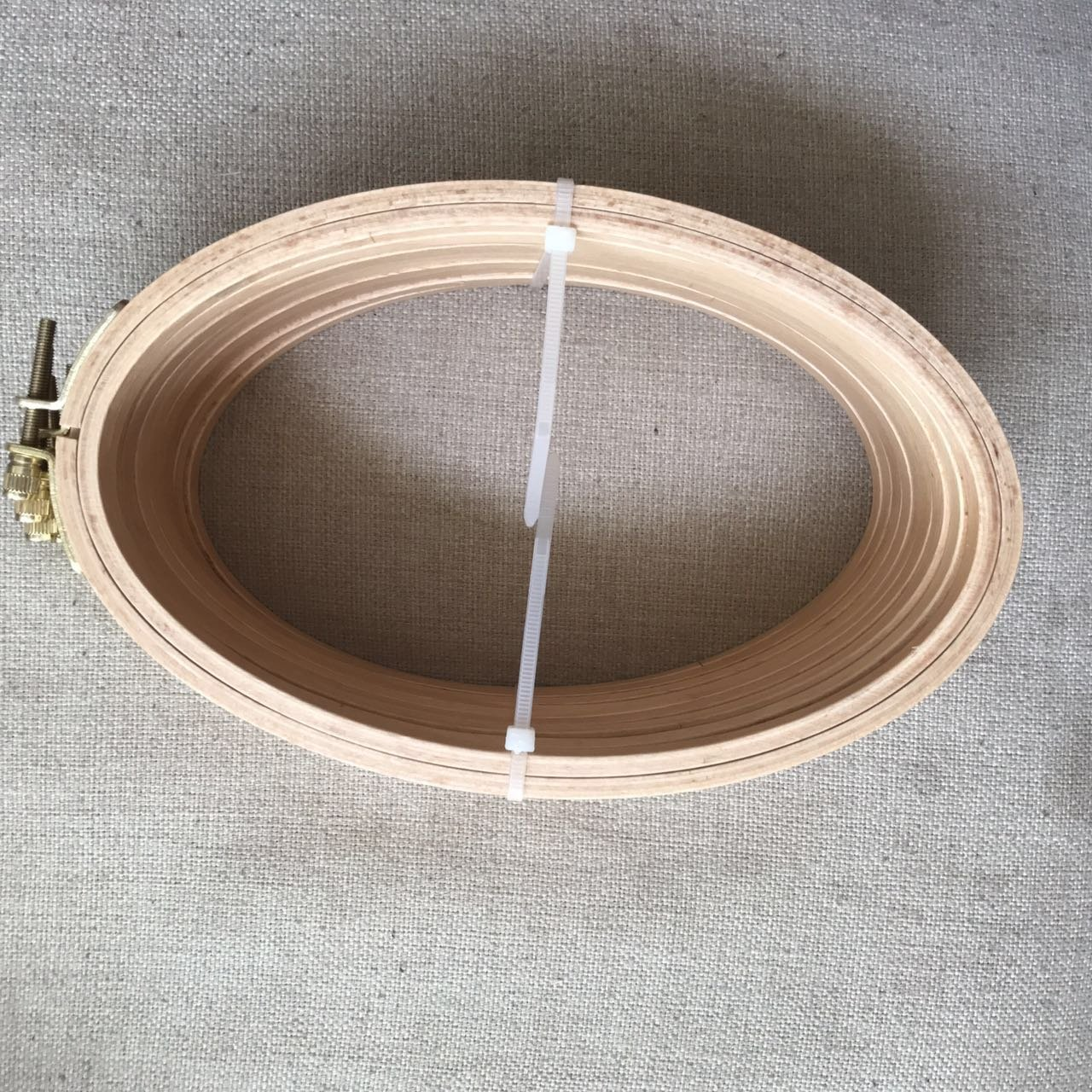 Stitchery Hoop Framing Hoop womei wm2113 Cross Stitch Hoop 2PCS//Pack Craft Supply Hoop WRMHOM8.27x 5.12 Oval Wooden Embroidery Hoop 21x 13cm Oval Hand Stitching Hoop