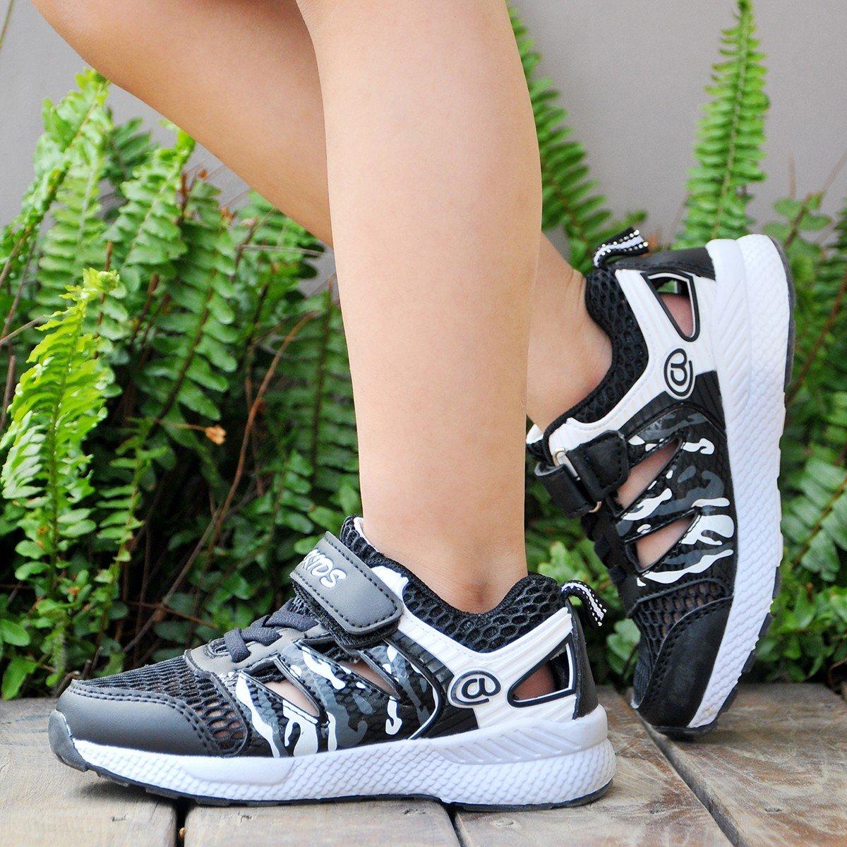 Axcer Mixte Enfant Chaussures de Sport Ultra-l/éger Respirantes Chaussures de Course Multisports Outdoor Sneakers Gymnastique Fitness Running Baskets Mode pour Gar/çon et Fille