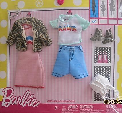 Amazon.com: Barbie Ropa de moda diario Fashions paquete de 2 ...