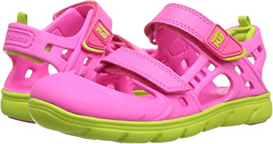 8cb21980dc29 Stride Rite Girl s Made 2 Play Phibian Sandal (Little Kid) Pink 1 M US
