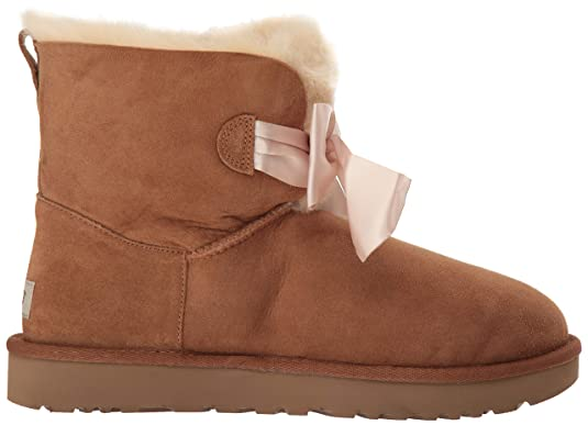 85ae63a22db UGG Women's W Gita Bow Mini Fashion Boot