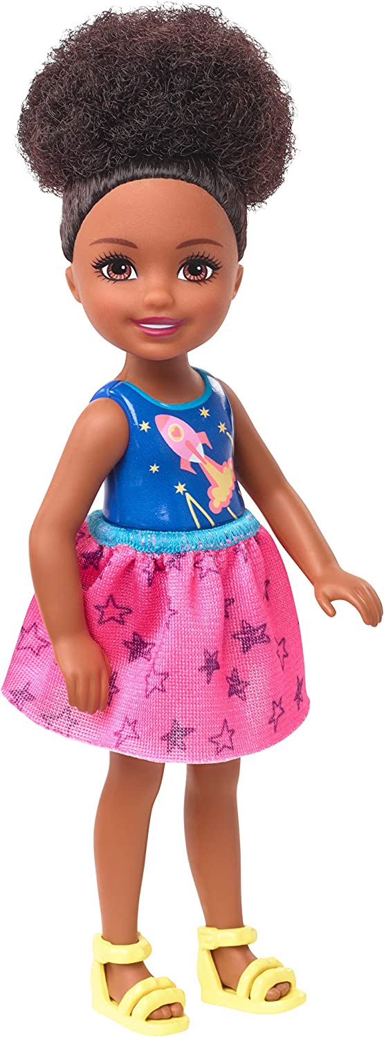 Barbie Club Chelsea Doll, 6-inch Brunette Doll with Space-Themed Graphic, GHV62