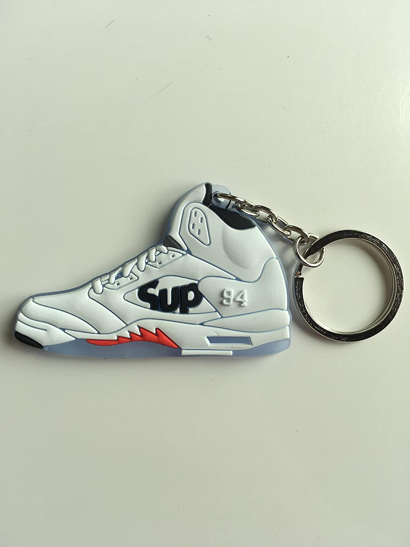SneakerKeychainsNY Jordan Retro 5 X Supreme White Llavero ...