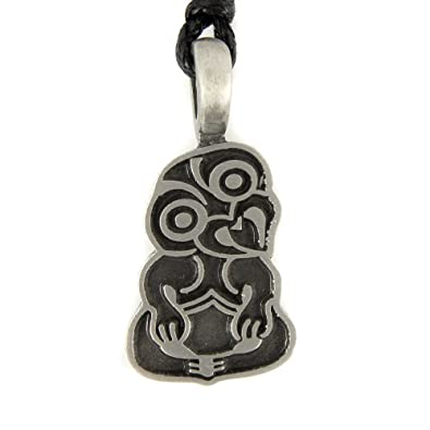 Mystical Magical Hei Tiki Maori Symbole Pendentif En Etain Amazon