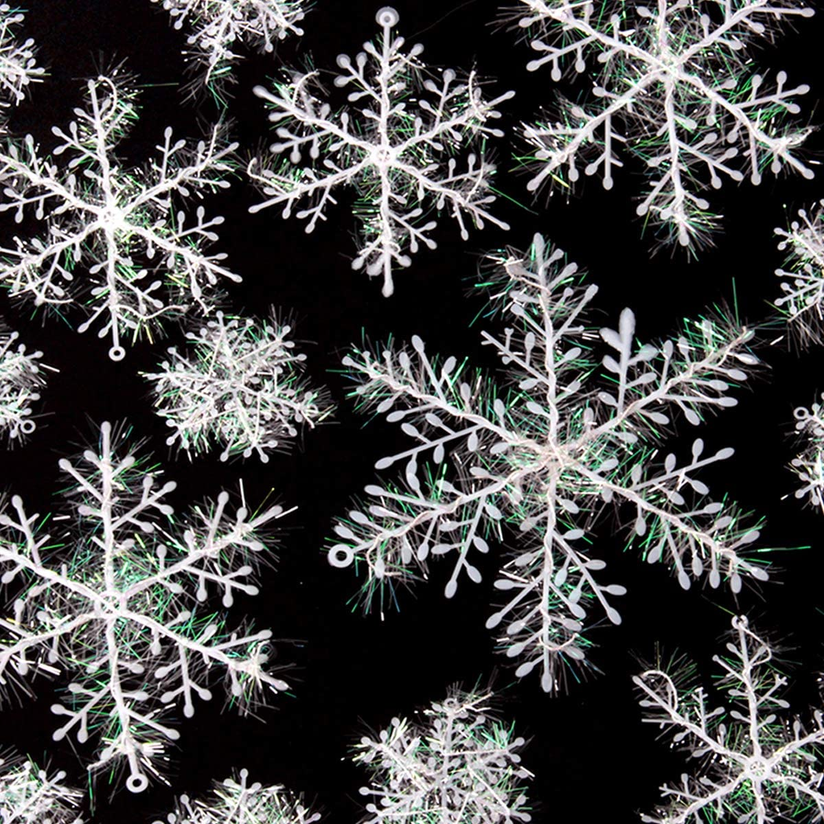 Ira Pollitt 60 Pieces White Snowflakes Winter White Snowflakes Decorations Ornaments Christmas Decoration Accessories for Snowflake Party Supplies, Holiday Party Home Decoration,4 Sizes