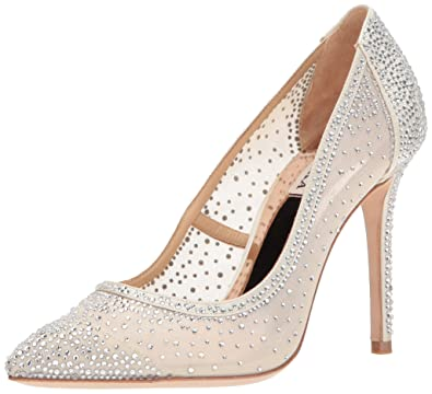 Badgley Mischka Women's Weslee Pump, Ivory, ...
