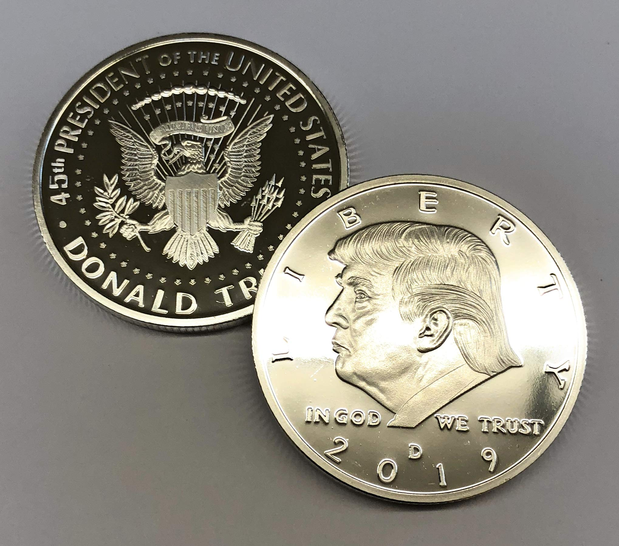 Aizics Mint Trump Coin; 2019 Donald Trump Large Silver Plated United States Eagle Commemorative Collectible Coin Certificate of Authenticity Original Design