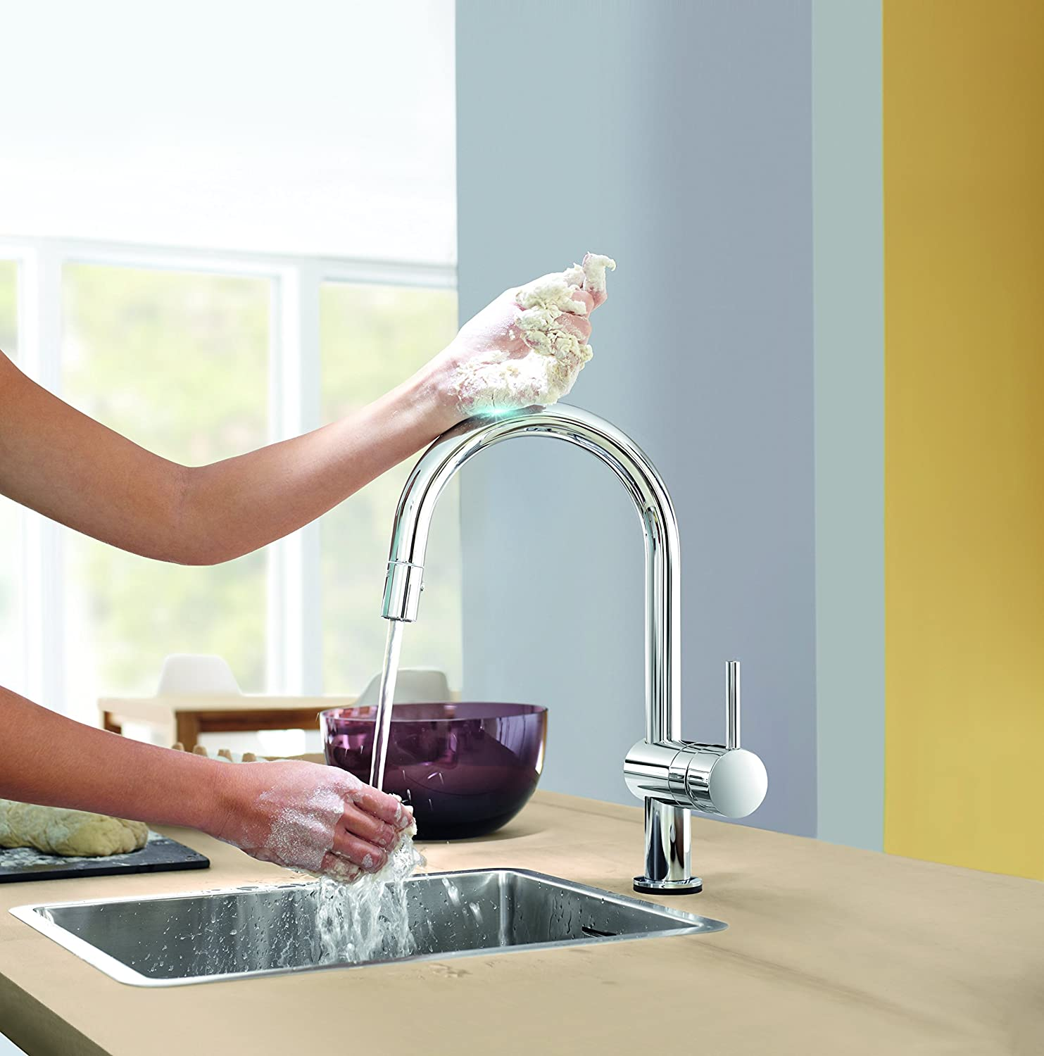 GROHE Minta single-lever kitchen tap with pull-out shower head, high ...