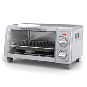 BLACK+DECKER4-Slice Toaster Oven with Easy Controls, Silver, TO1705SG