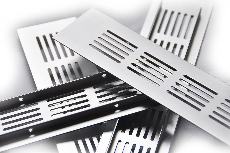 50 x 600 mm de aluminio rejilla de chapa de ventilación ...