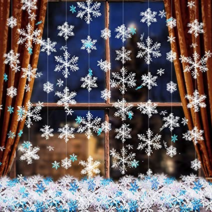 Boao 663 Pieces Christmas Snowflake Ornaments 600 Snowflakes Confetti And 63 White Christmas Hanging Snowflake Garland For Winter Wonderland Xmas Party Decoration Supplies Home Kitchen Amazon Com