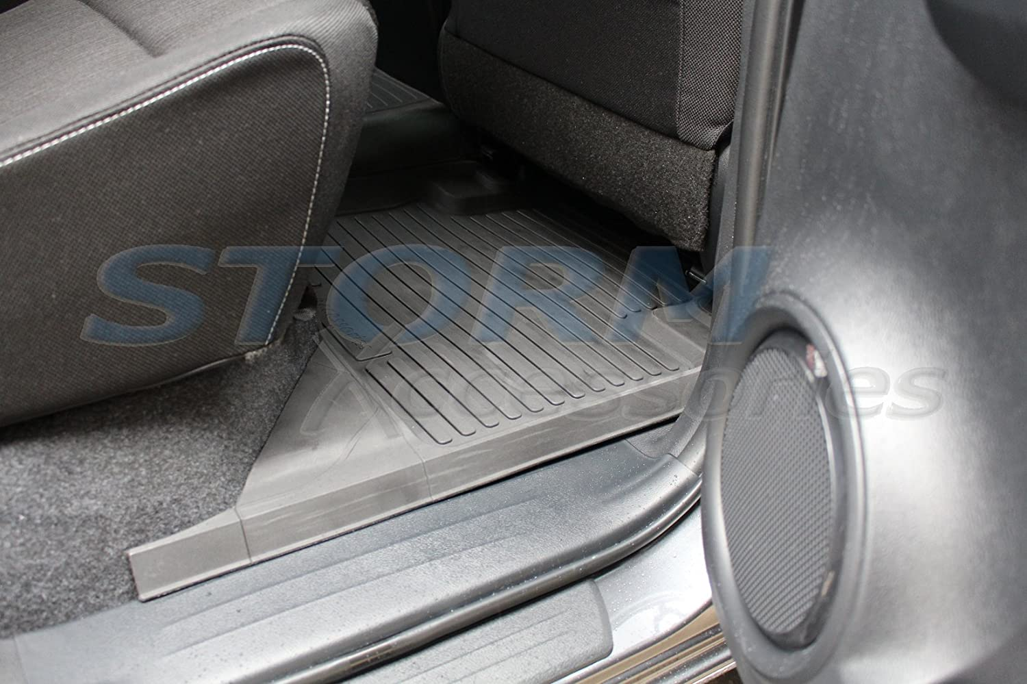 NEW Toyota Hilux 2016/> 5-PC STX Molded Deep Tray Rubber Floor Mats Tailored Fit