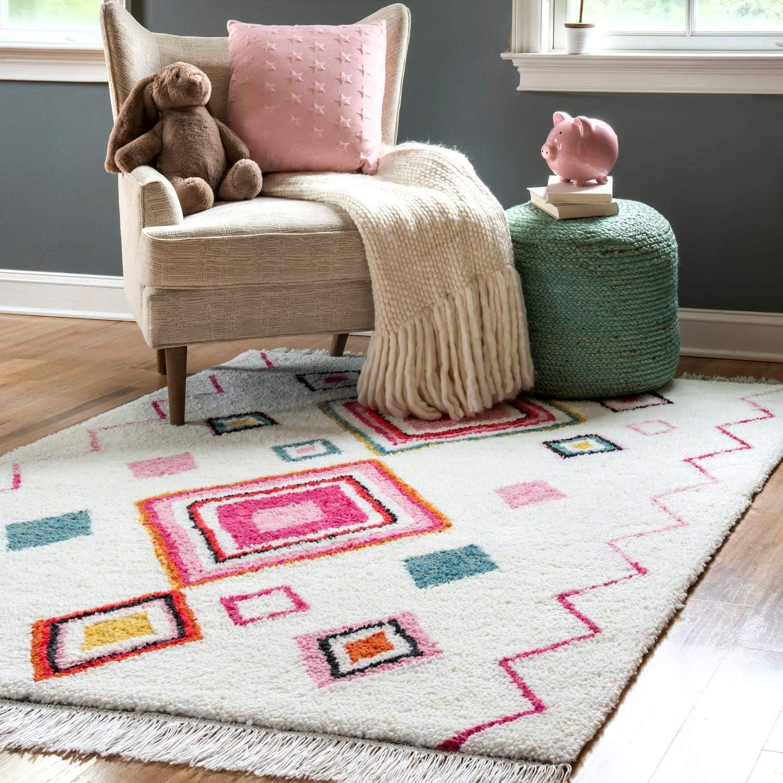 nuLOOM Area Rug, 3 x 5 , Pink Multi