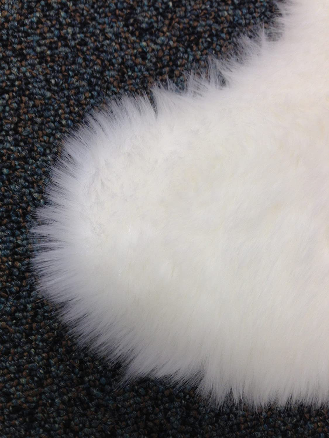 Amazon.com: Nouvelle Legende Faux Fur Sheepskin Rug Single (20 in. X 36  in.) - White: Kitchen & Dining - Amazon.com: Nouvelle Legende Faux Fur Sheepskin Rug Single (20 In